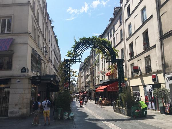 パリ サンティエ 観光