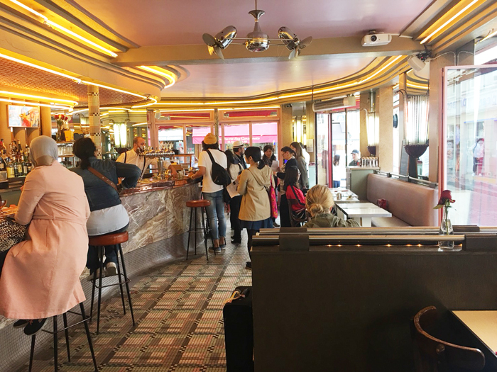 パリ アメリ ロケ地 カフェ