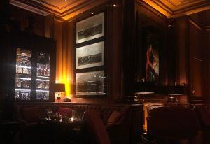 パリ フォーシーズンズホテル バー