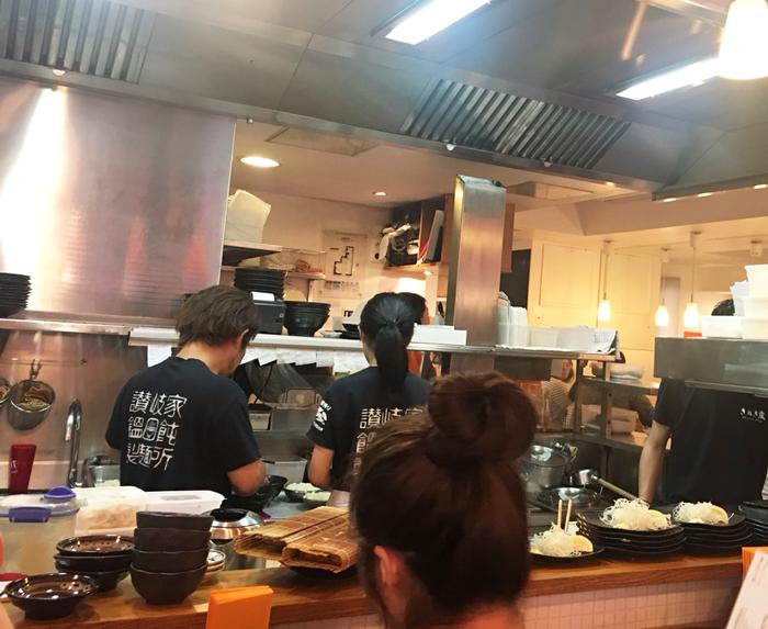 うどん パリ さぬきや 日本食