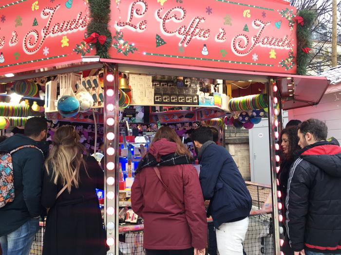 パリ クリスマスマーケット チュイルリー庭園