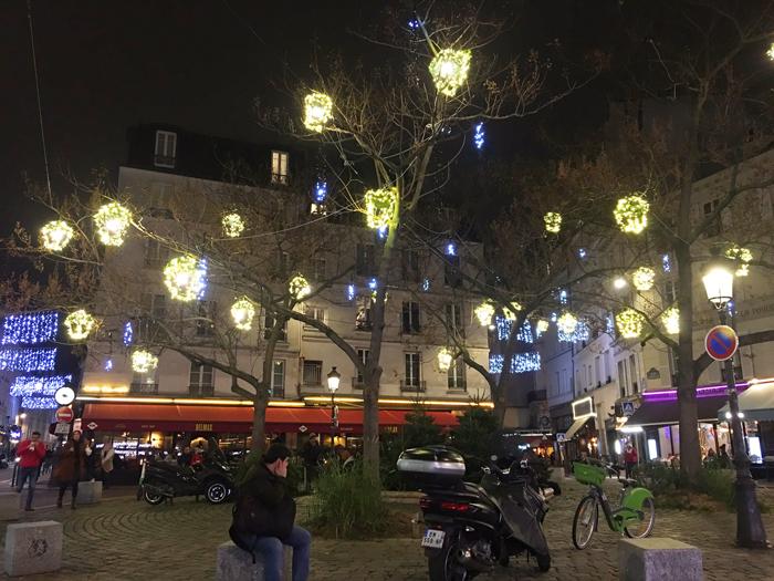 パリ ムフタール通り プラスモンジュ 観光