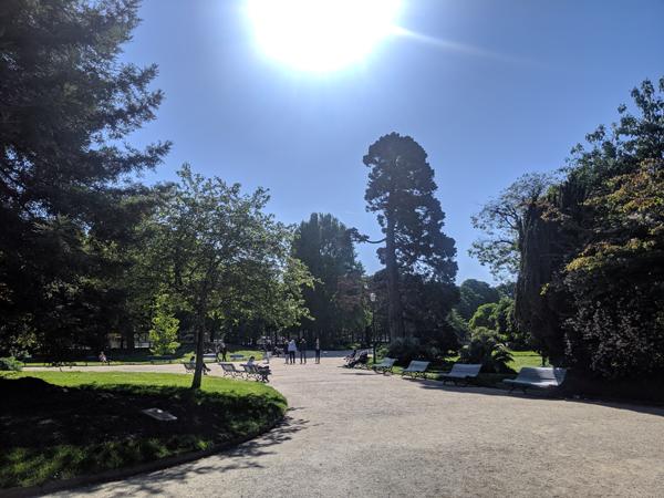 公園 シャンゼリゼ通り